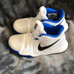 Toddler Kyrie Irving Nike sneakers